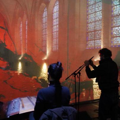 Circles, musiciens en ombre dans le réfectoire des moines