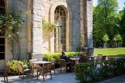 La terrasse du bar-salon de thé