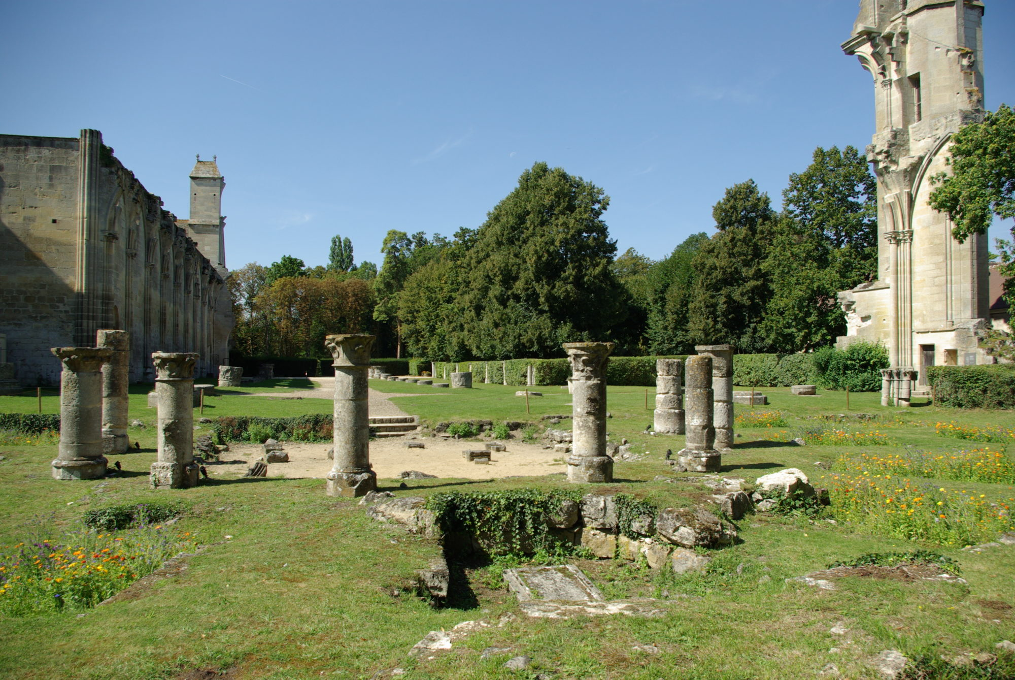 Ruines de l'abbatiale
